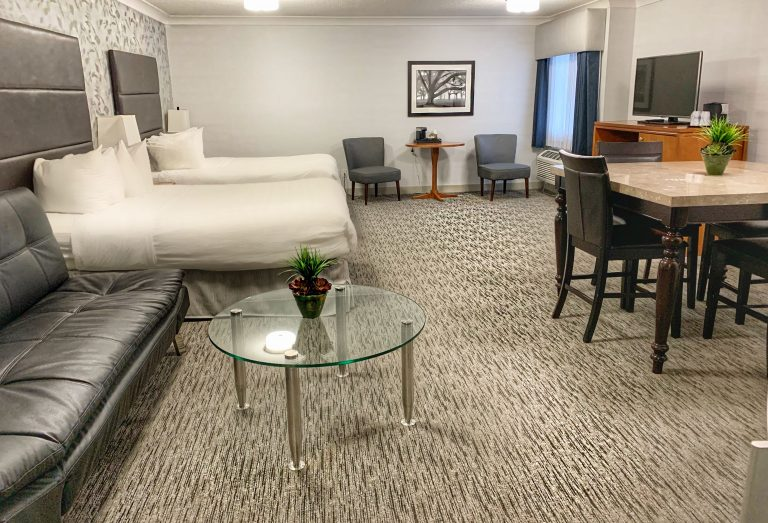 Best Western Plus Regency Hospitality Suite