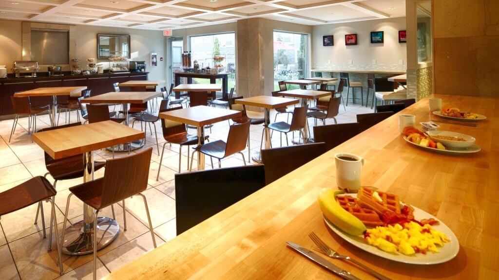 Best Western Plus Regency Breakfast Room