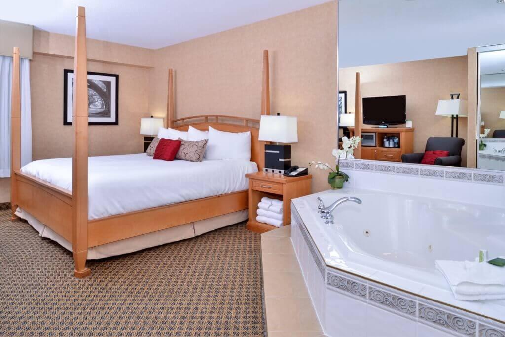 Jacuzzy Room Best Western Plus Regency